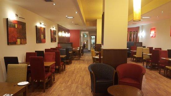 Maveli: Restaurant Interiors