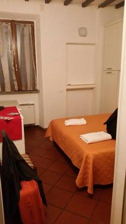 Awesome Soggiorno Laura Firenze Gallery - Idee Arredamento Casa ...