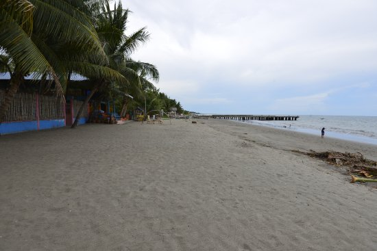 Digos City, Philippinen: Dawis beach Blue Shark Resort
