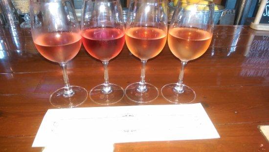 Sonoma Grille: Rosé wine flight!