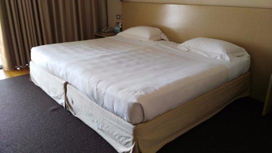 Letto Matrimoniale Maxi.Letto Matrimoniale Maxi Picture Of Hotel Acquaviva Del Garda