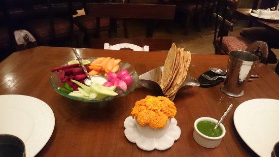 Sonargaon: Papad and chutney served on the house.