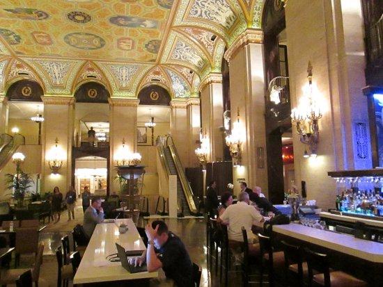 Hotel Di Lusso Interni : Bar vecchio stile allinterno di albergo di lusso a chicago bild