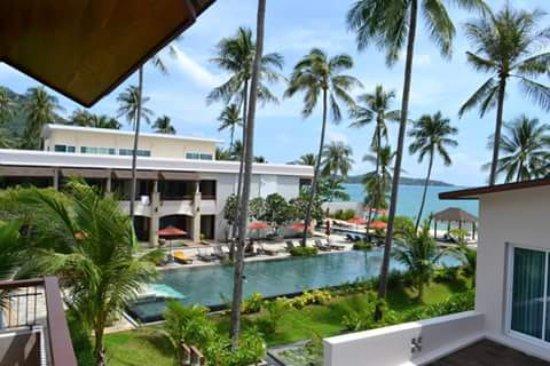 Weekender Resort & Hotel: pool view