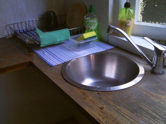 Kookaburra Inn: Clean kitchen