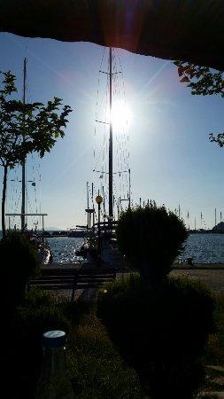 Plataria, Grecia: Blick auf den Hafen