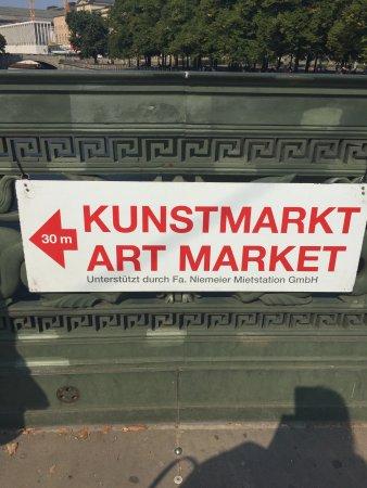 Berliner Kunstmarkt am Zeughaus