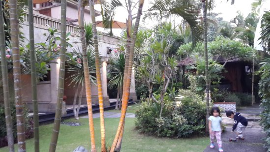 Royal Jimbaran: Royal Bali Beach Club: 20151219_182556_large.jpg