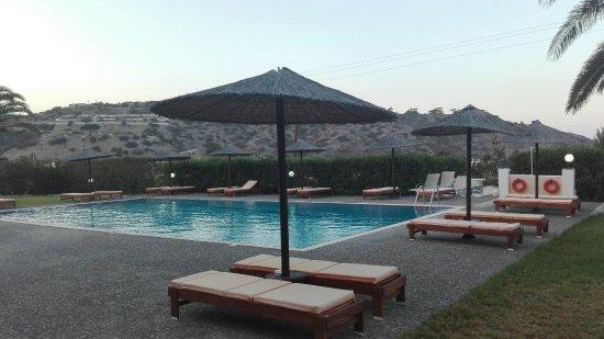Alex Hotel : IMG_20160907_190930_large.jpg