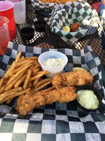 Saugatuck, MI: Fish N' Chips