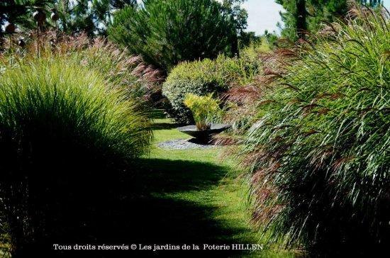 Hautes-Pyrenees, Francia: jardin contemporain