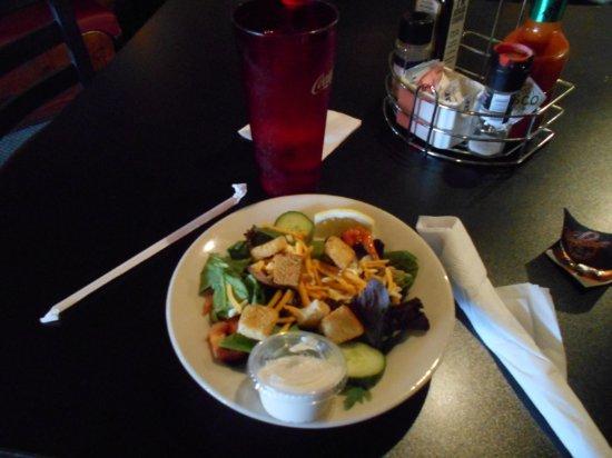 Paw Paw, MI: Salad