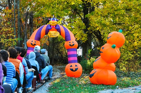 Lagrange, OH: Entering the Halloween Haunted Trail