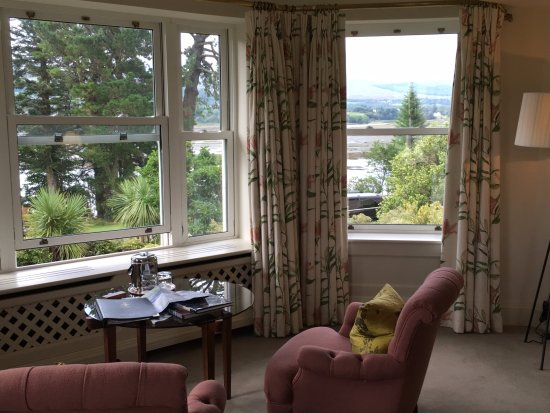 Sheen Falls Lodge : Master bedroon landsdown appt.