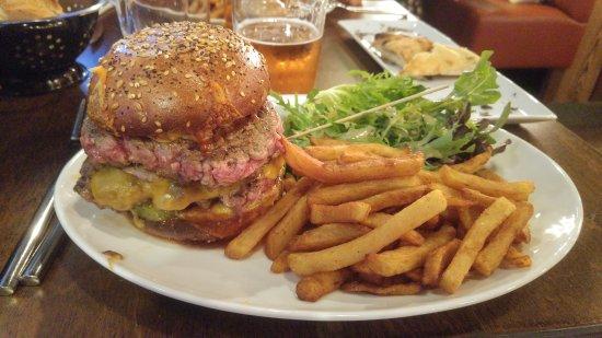 Bourg-les-Valence, Francia: Burger miammiam