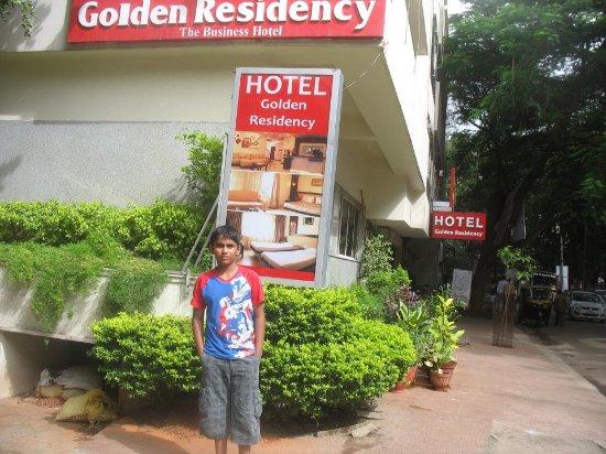 Golden Residency : Hotel Facade