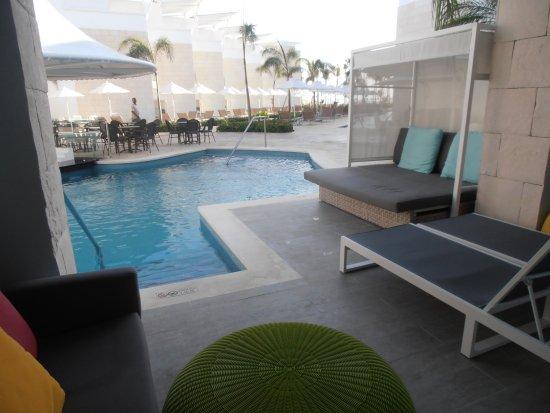 Sensatori Punta Cana Swim Up Rooms