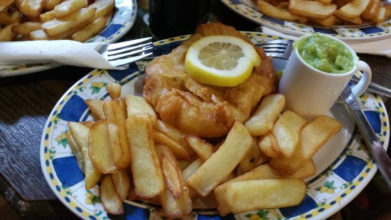 Killeens Pub: fish and chips