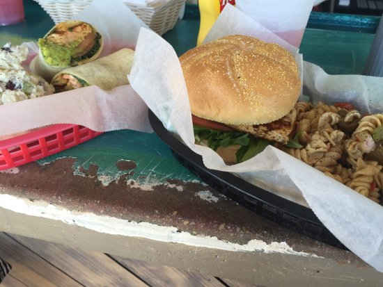 Seacrest Beach, Flórida: Awesome salmon blt and blackened swordfish sandwich!