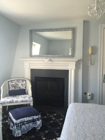 The Carriage House Bed & Breakfast: Room in our room - to move around (working gas fireplace)
