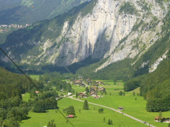 ‪Lauterbrunnen Village‬