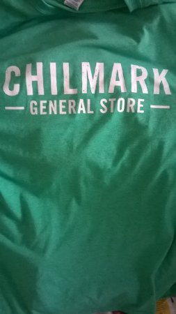 Chilmark, MA: Great T Shirts too !