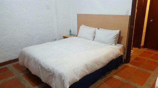 Hotel Baja Montanita: 20160910_222445_large.jpg