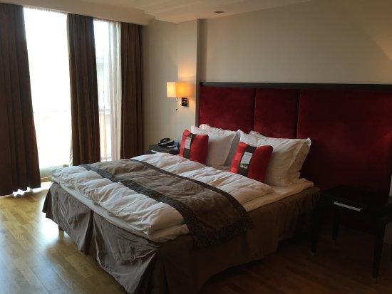 Radisson Blu Elizabete Отель: bed side