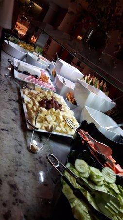 Lagos de Fanabe Resort: Vorspeisen Mittagessen