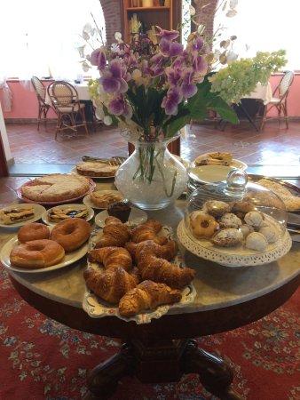 L'Elisea Maison de Charme: Semplicemente tutto perfetto. Complimenti alla sig. Maria Rosaria per le ottime torte che prepar