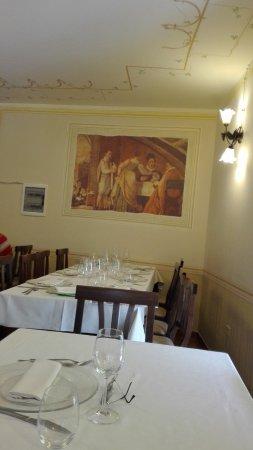 Una delle sale da pranzo... - Picture of Locanda Il Ruscello ...