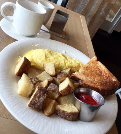 Brunch pick: spinach and goat cheese omelette - Picture of Avenue ...