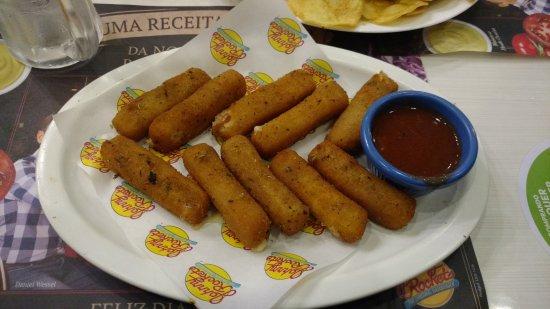 Johnny Rockets: Mozzarella sticks