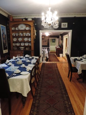 Shipwright Inn: Dining Room