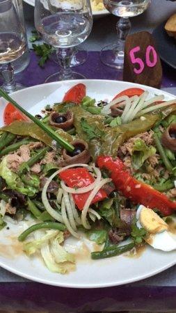 Flayosc, Франция: Salade nicoise