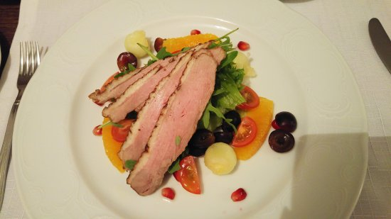 Kohtla, Estonia: Smoked duck salad