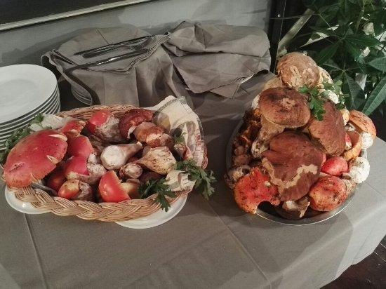 Adatto anche a piccole cerimonie   picture of cucine del sud ...