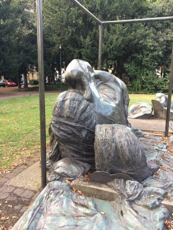 Heinrich Heine Monument