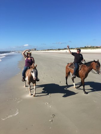 Fernandina Beach, FL: A fabulous day with my darling and our four legged buddies!