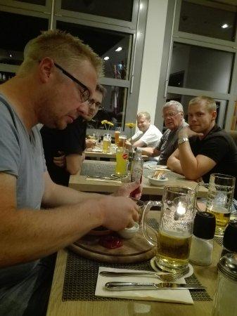 BEST WESTERN Amedia Hamburg: IMG_20160911_220143_large.jpg
