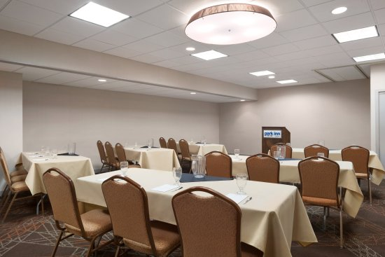 Uniontown, PA: meeting space classroom