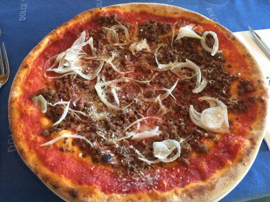 Dolce Vita Pizzeria : Pizza hamburger