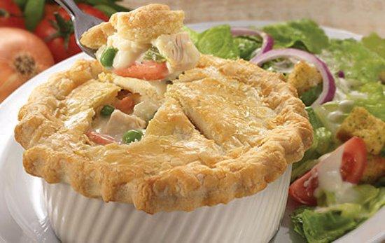 Perkins Restaurant: Chicken Pot Pie at Perkins