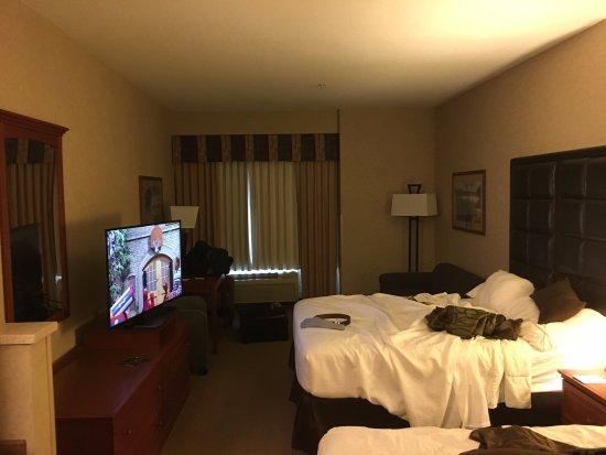 King City, OR: Big room
