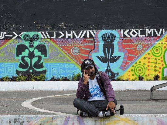 Bogota Graffiti Tour: Our guide, Jeff.