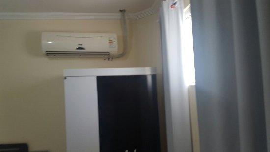 Nelios Hotel: Quarto novo 70 reais