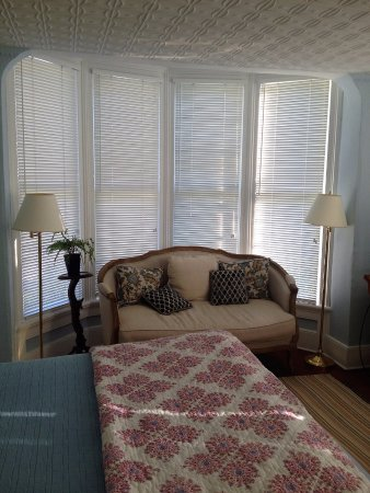 The Falls Village Inn: A tastefully decorated room