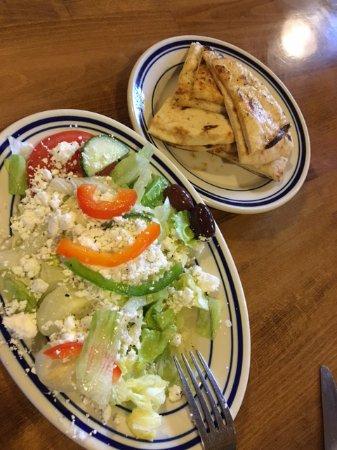 Cobourg, Canadá: Greek salad
