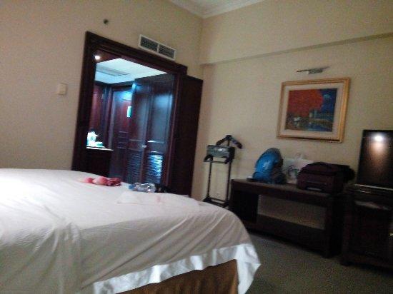 Sunlake Hotel: IMG_20160912_000121_large.jpg