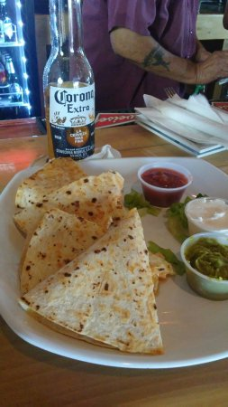 Big Kahuna Rum Shack : Quesadillas for lunch! Great!!